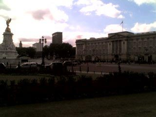 London - Buckingham Palace #3.jpg
